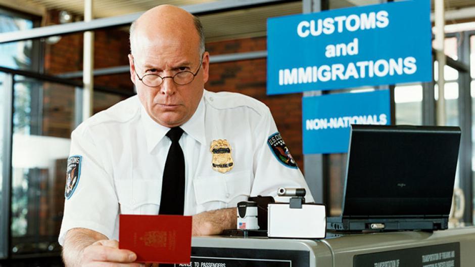 Así podrías burlar los nuevos requisitos fronterizos de Estados Unidos