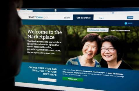 Obama molesto por fallos en la web de seguros médicos