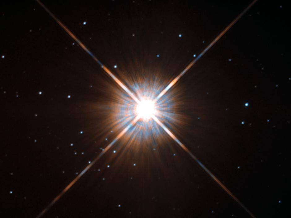 El telescopio Hubble toma nueva foto de la estrella más cercana a la Tierra