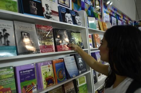 Disfruta la Feria del Libro con un presupuesto reducido