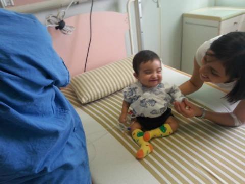 Santiago sale del intensivo 14 días antes de lo esperado