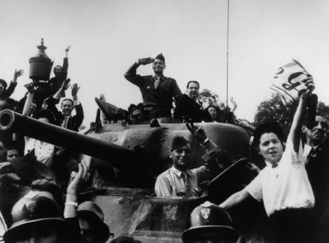 Se cumplen 100 años del nacimiento de Robert Capa, uno de los padres del fotoperiodismo