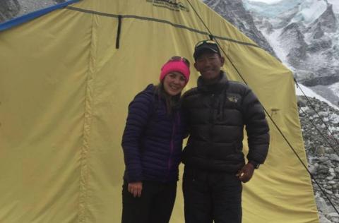 ¡Lo logró! La guatemalteca Bárbara Padilla llegó a la cima del Everest
