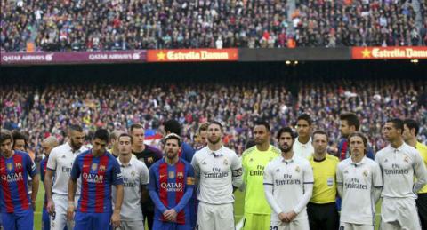 """Suspenden a un árbitro por ser muy """"amistoso"""" con jugadores del Barça"""
