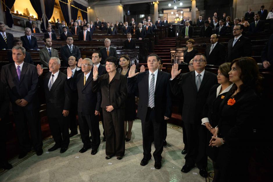 Congreso juramenta al nuevo Tribunal Supremo Electoral (TSE)