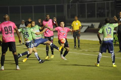 Municipal empata en su visita al Santa Tecla por la Liga de Campeones
