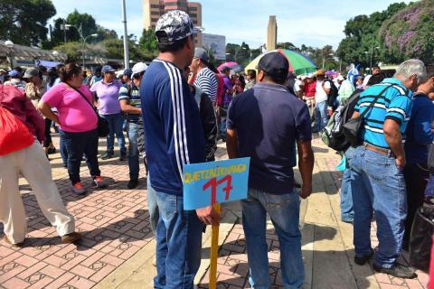 Magisterio, FNL y CONIC realizan marchas en las calles de la capital