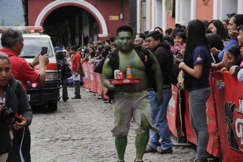 La Carrera de las Charolas, una tradición que se disfruta en Antigua