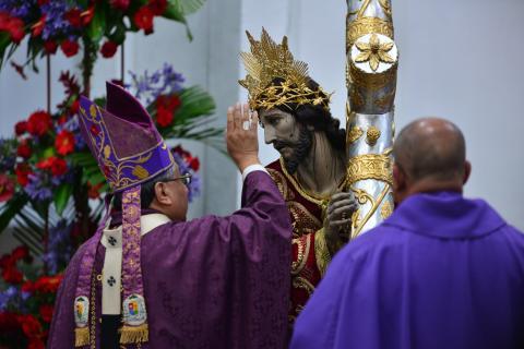 Consagran imagen de Jesús Nazareno del beaterio de Belén