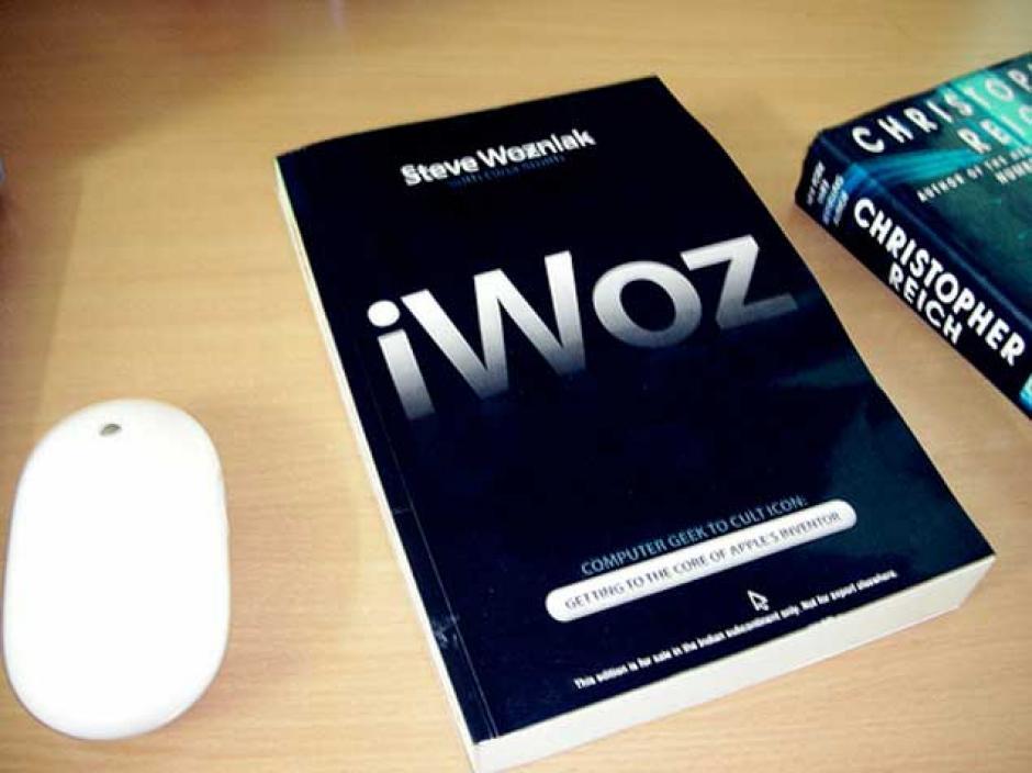 """Publican en español la biografía """"iWoz"""", del cofundador de Apple"""