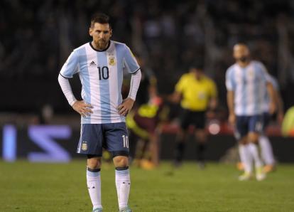 Argentina rozó el ridículo y empata en casa frente a Venezuela