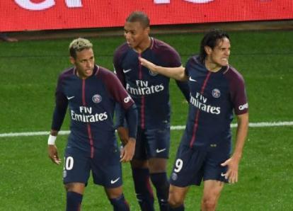 Cavani rechazó esta oferta para dejar que Neymar cobre los penaltis
