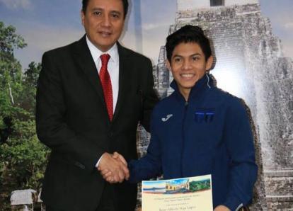 Nombran a Jorge Vega como nuevo Embajador de Turismo