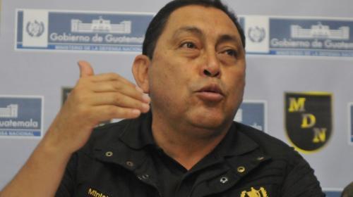 Ministro de Gobernación, en medio de un enfrentamiento en Tajumulco