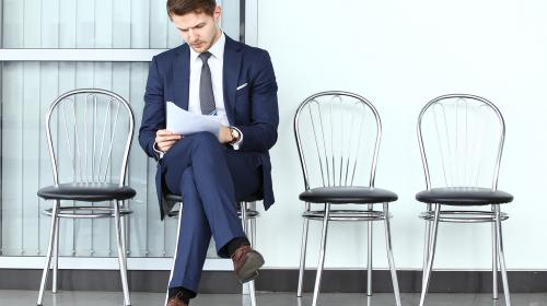 ¿Cómo elaborar un currículo convincente y qué hacer en una entrevista?