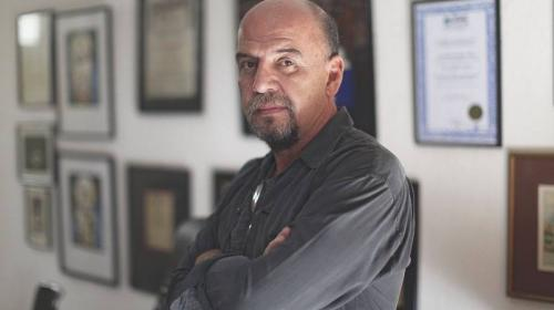Escritor guatemalteco gana premio de Poesía Editorial Praxis en México