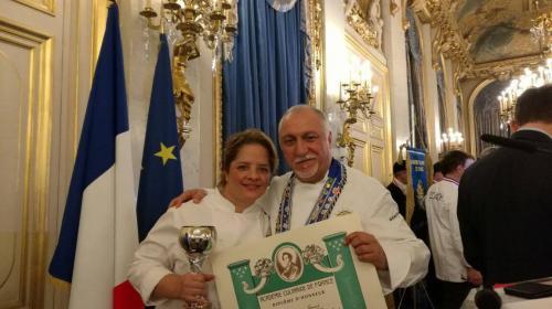 Chefs guatemaltecos ganan concurso culinario en París, Francia