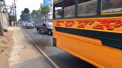 ¿Cómo serán regulados los vehículos contaminantes en Guatemala?