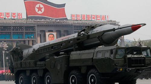 Corea del Norte presume un nuevo misil que podrían usar contra EE.UU.