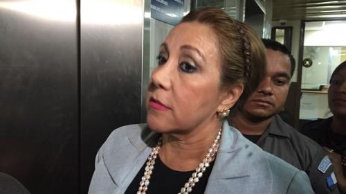 Blanca Stalling no piensa renunciar a su magistratura en la CSJ