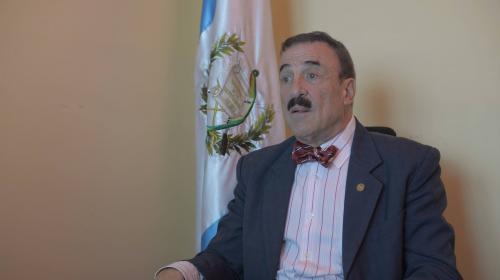 Admiten antejuicio contra diputado Fernando Linares Beltranena
