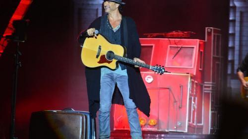 Ricardo Arjona: una vida de música, éxitos y polémica