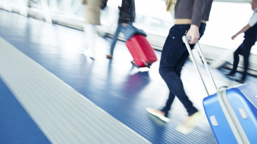 Estas son maneras en las que puedes viajar gratis al extranjero