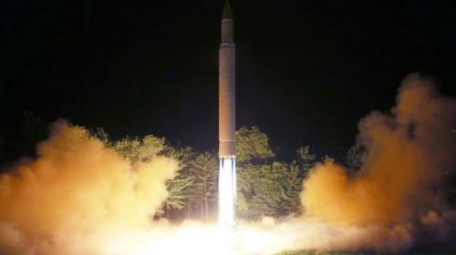 Corea del Norte amenaza con atacar con misiles las bases de EE. UU.