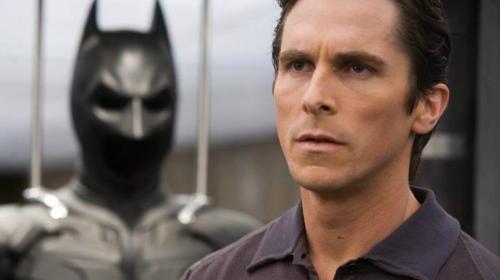 ¡Irreconocible! Así luce Christian Bale para su nueva película