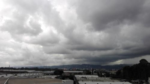 Onda del Este podría provocar lluvias similares a las de este jueves