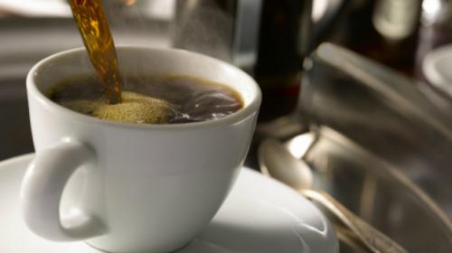 ¿Cuántas tazas de café puedes tomar al día sin afectar tu salud?