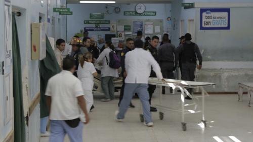 Video: tensa situación se vive en el interior del Hospital Roosevelt