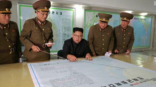 """Corea del Norte amenaza a EE.UU. con un """"ataque sin piedad"""""""