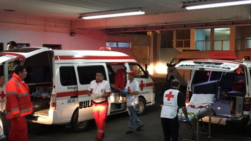 Hospital San Juan de Dios colapsa y hacen traslados de emergencia