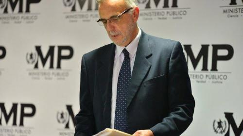 #IvánSeQueda, dicen las redes ante posible expulsión del jefe de CICIG