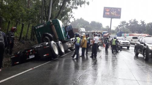 Fatal accidente entre camión y motorista en la cuesta de Villa Lobos