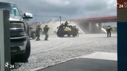 Impresionante enfrentamiento entre narcos y militares en México