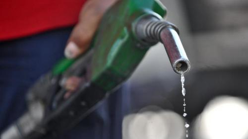 Brusco aumento en el precio de los combustibles sorprende a Guatemala