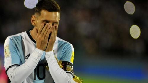 Argentina empata en Montevideo pero sigue fuera de Rusia 2018
