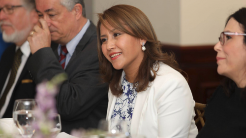 Primera Dama cancela reunión que tendría con Thelma Aldana
