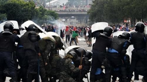 Protestas y saqueos imperan en Honduras por incertidumbre electoral