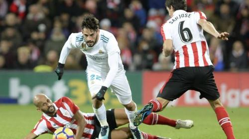 El Real Madrid no aprovecha el tropiezo del Barça y también empata