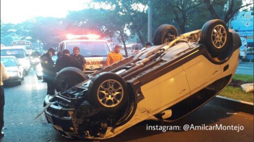 Madrugada de accidentes: percances dejan daños y heridos