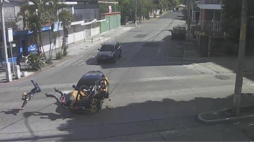 Video: fuerte accidente deja dos personas heridas en la Diagonal 6