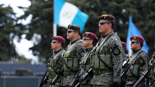 Personal del Ejército sigue cobrando el bono de responsabilidad