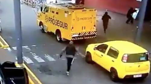 Uruguay: comando armado asalta un camión blindado en solo 40 segundos