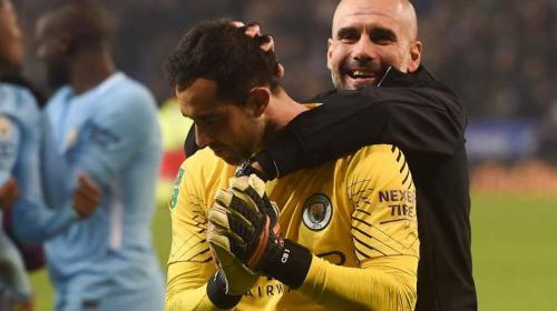 Desprecio de Claudio Bravo a Pep Guardiola le da la vuelta al mundo