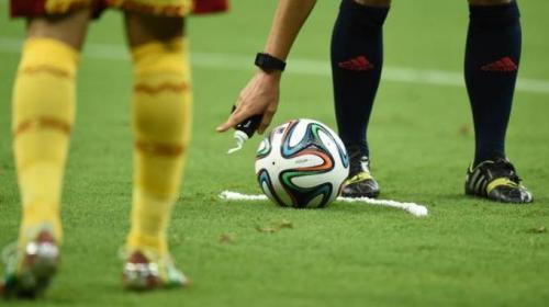 Demandan a la FIFA por 100 millones de dólares por uso de Spray