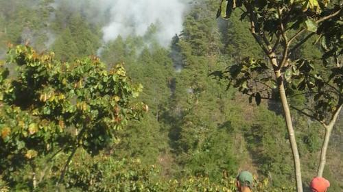 Militar muere mientras ayudaba a combatir un incendio forestal