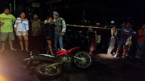 Cámara de seguridad graba accidente en el que murió un motorista
